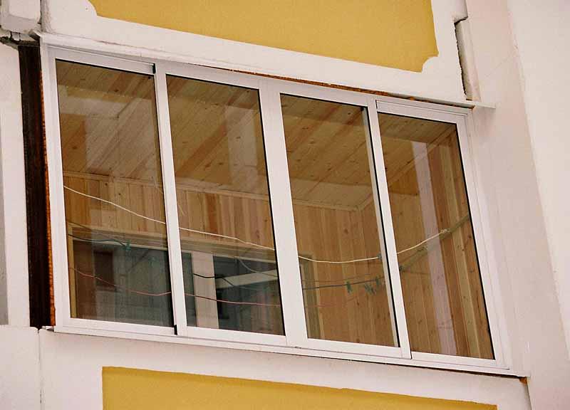 Как произвести внутреннюю отделку алюминиевого балкона..